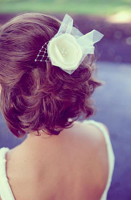 trang điểm cô dâu, mẫu tóc ngắn cô dâu đẹp quyến rũ