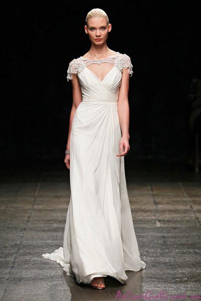 25 mẫu áo cưới đẹp thích hợp cho lễ cưới ở biển