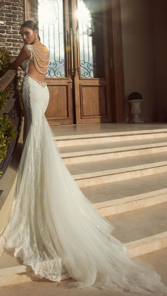 Bộ sưu tập váy cưới hở lưng cực đẹp của thương hiệu Galia Lahav