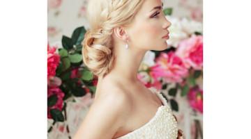 những mẫu tóc đẹp dành cho cô dâu tóc dài, trang điểm cô dâu, làm tóc cô dâu, bới tóc cô dâu đẹp ở tphcm