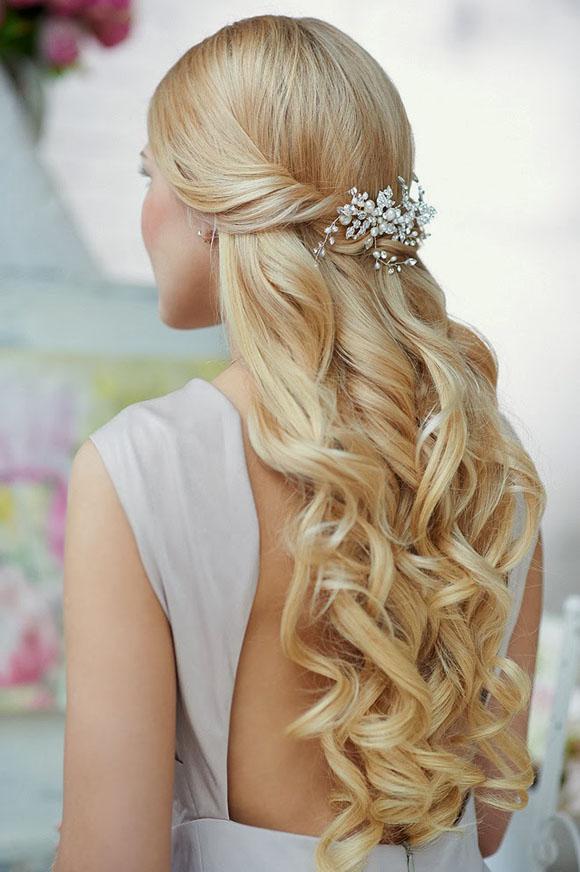 các mẫu tóc cô dâu đẹp, kiểu tóc đẹp cô dâu tóc dài