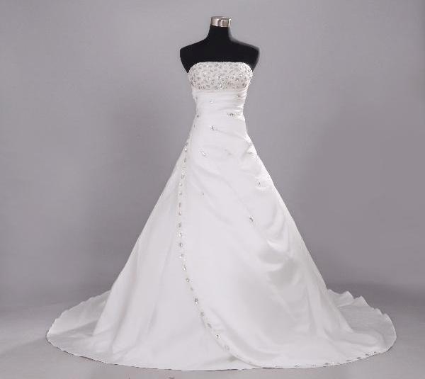 mướn áo cưới giá rẻ tphcm, thuê áo cưới giá rẻ, may áo cưới giá rẻ