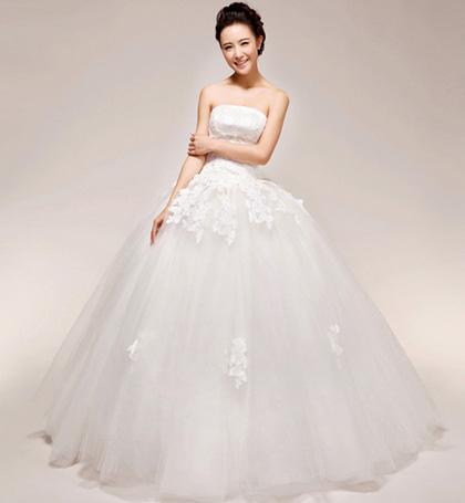 dịch vụ thuê áo cưới trọn gói giá rẻ đẹp ở tphcm, dịch vụ may áo cưới đẹp chất lượng tphcm