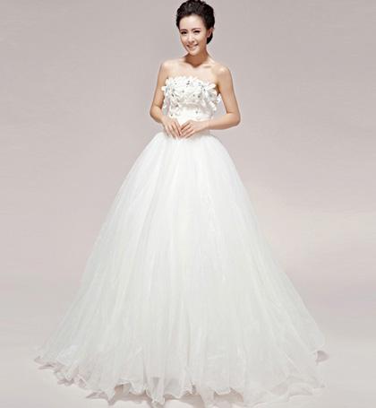 may áo cưới giá rẻ đẹp ở tphcm, thuê áo cưới giá rẻ đẹp ở tphcm