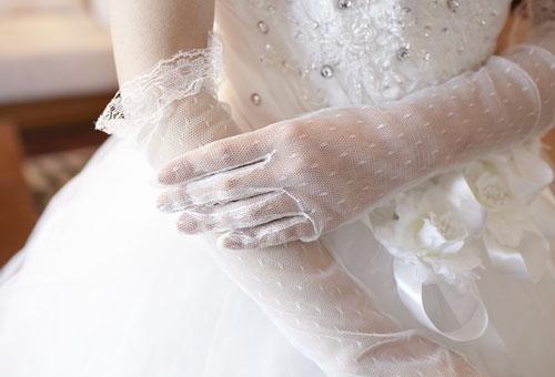 Găng tay cô dâu, găng tay ren dành cho cô dâu