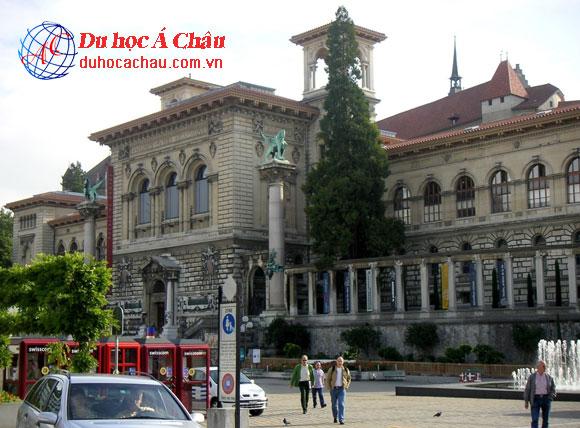 du học Thụy Sĩ, trường Đại học Lausanne